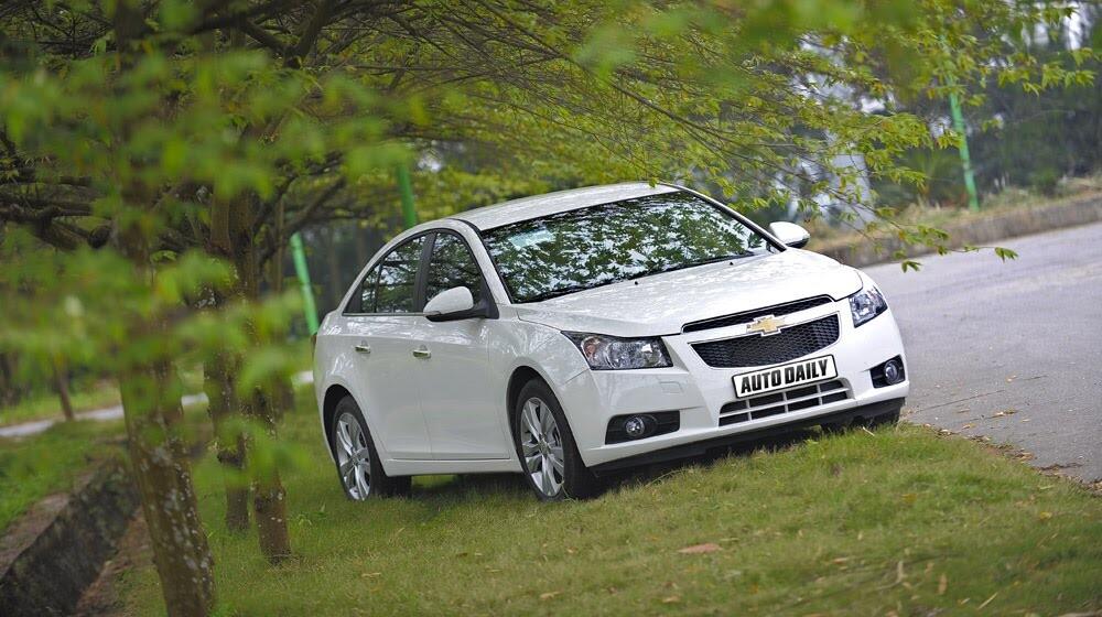 Những tiện ích trên Chevrolet Cruze LTZ 2014 - Hình 1