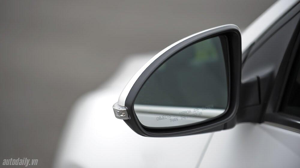 Những tiện ích trên Chevrolet Cruze LTZ 2014 - Hình 6