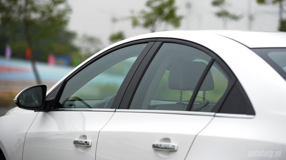 Những tiện ích trên Chevrolet Cruze LTZ 2014 - Hình 10