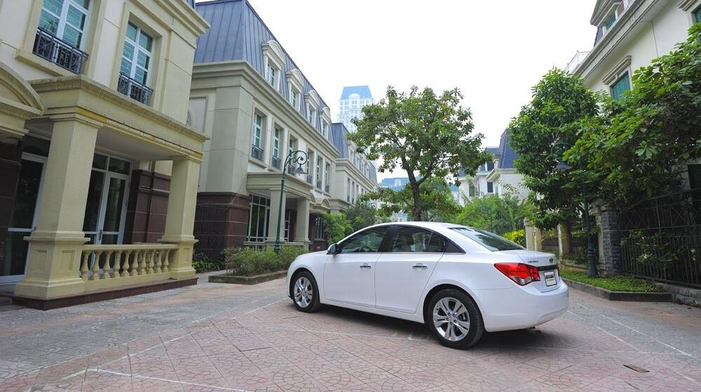 Những tiện ích trên Chevrolet Cruze LTZ 2014 - Hình 31