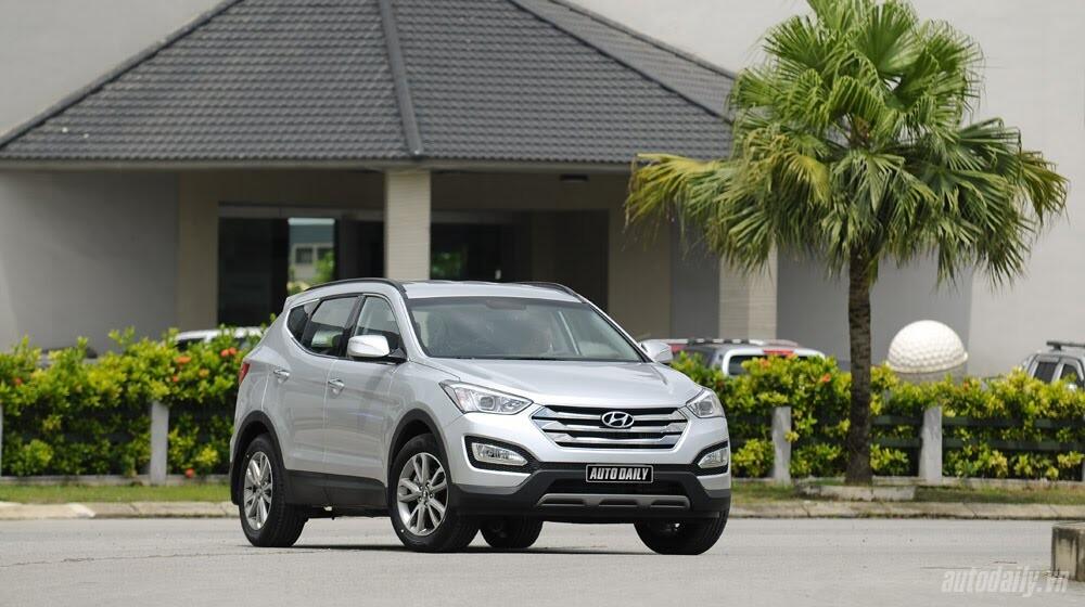 Những tiện nghi trên Hyundai Santa Fe 2014, giá bán 1,431 tỷ đồng - Hình 1