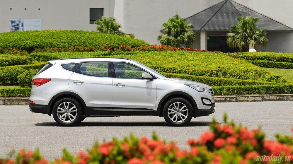 Những tiện nghi trên Hyundai Santa Fe 2014, giá bán 1,431 tỷ đồng - Hình 3