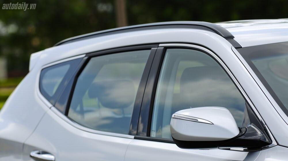 Những tiện nghi trên Hyundai Santa Fe 2014, giá bán 1,431 tỷ đồng - Hình 8