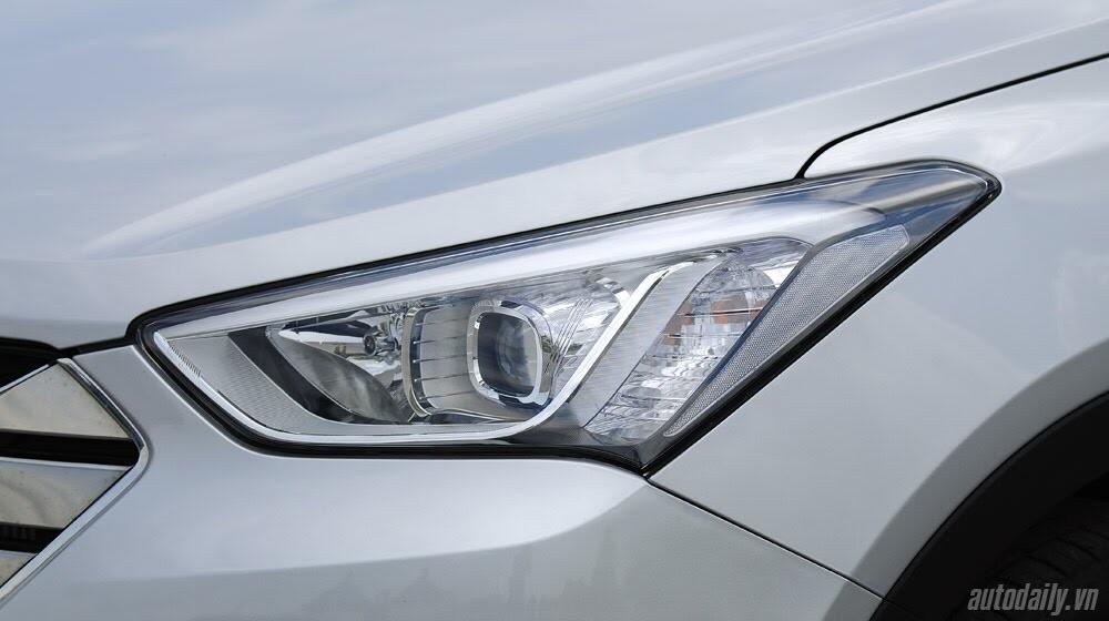 Những tiện nghi trên Hyundai Santa Fe 2014, giá bán 1,431 tỷ đồng - Hình 10