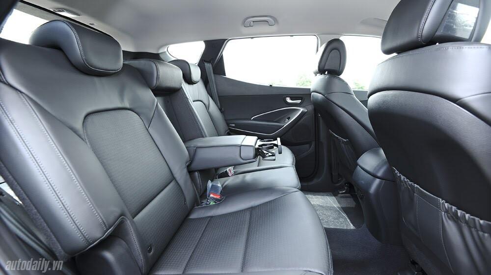 Những tiện nghi trên Hyundai Santa Fe 2014, giá bán 1,431 tỷ đồng - Hình 19