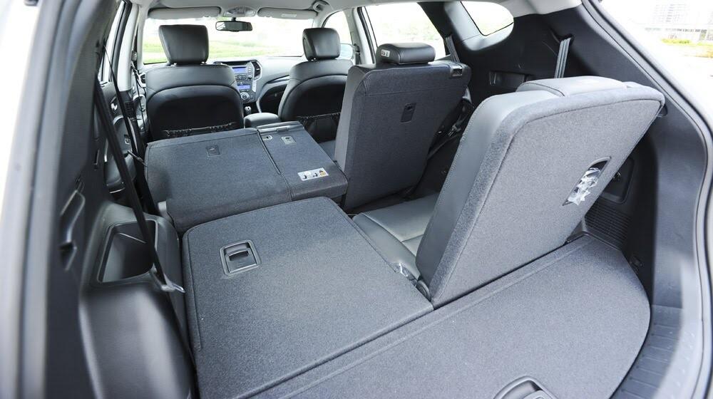 Những tiện nghi trên Hyundai Santa Fe 2014, giá bán 1,431 tỷ đồng - Hình 21