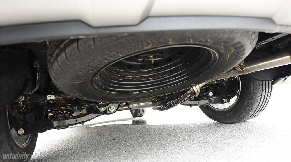 Những tiện nghi trên Hyundai Santa Fe 2014, giá bán 1,431 tỷ đồng - Hình 25