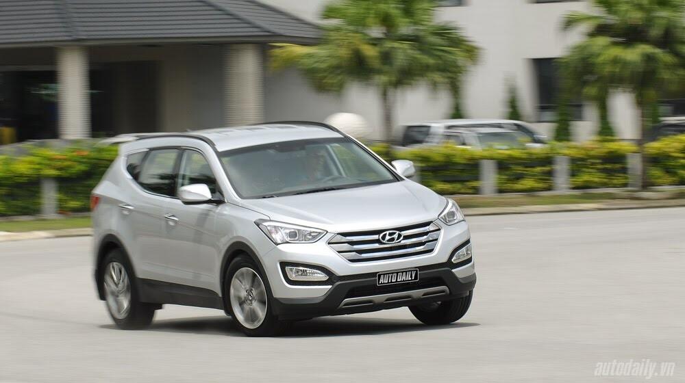 Những tiện nghi trên Hyundai Santa Fe 2014, giá bán 1,431 tỷ đồng - Hình 29
