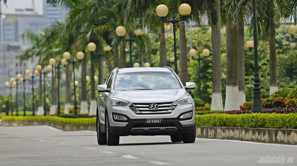 Những tiện nghi trên Hyundai Santa Fe 2014, giá bán 1,431 tỷ đồng - Hình 30