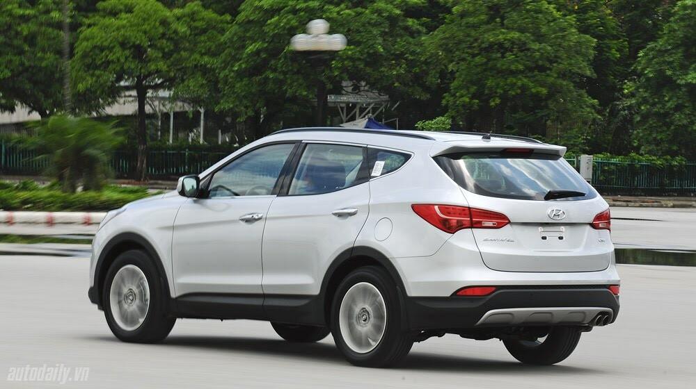 Những tiện nghi trên Hyundai Santa Fe 2014, giá bán 1,431 tỷ đồng - Hình 31