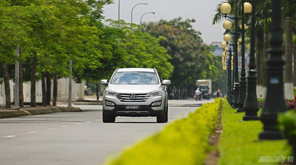 Những tiện nghi trên Hyundai Santa Fe 2014, giá bán 1,431 tỷ đồng - Hình 34