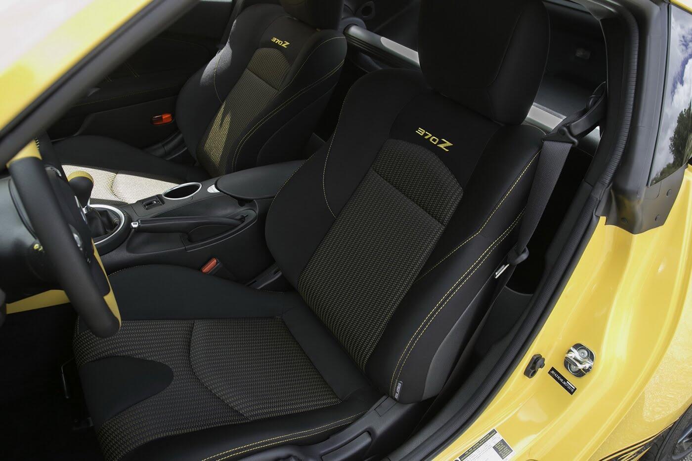 """Nissan 370Z 2018 """"chốt giá"""" từ 29.900 USD - Hình 8"""