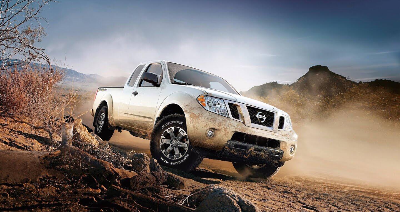 Nissan Navara 2018 bổ sung thêm trang bị, giá khởi điểm 18.990 USD - Hình 1