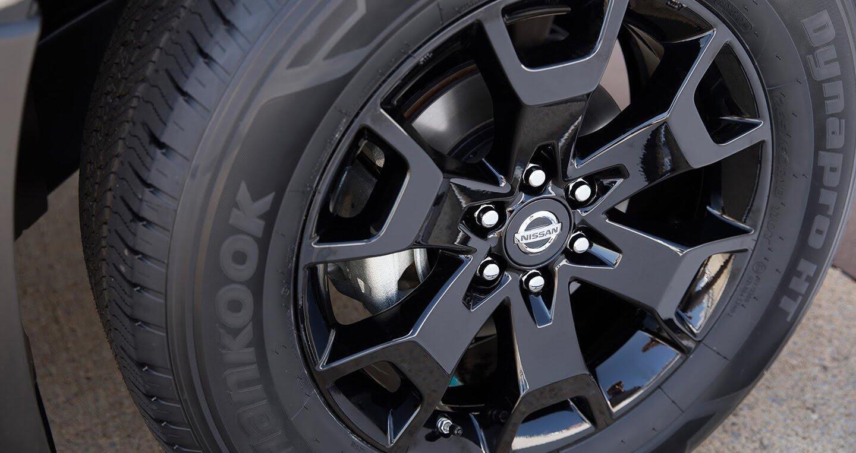 Nissan Navara 2018 bổ sung thêm trang bị, giá khởi điểm 18.990 USD - Hình 3