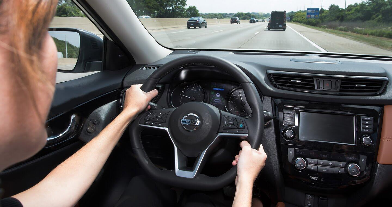 Nissan sẵn sàng trình làng công nghệ lái bán tự động - Hình 4