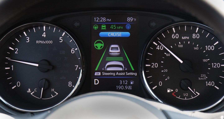 Nissan sẵn sàng trình làng công nghệ lái bán tự động - Hình 5
