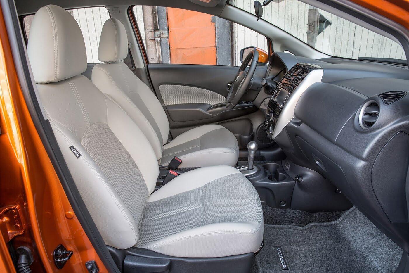 Nissan Sunny 2018 có thêm phiên bản hatchback - Hình 5