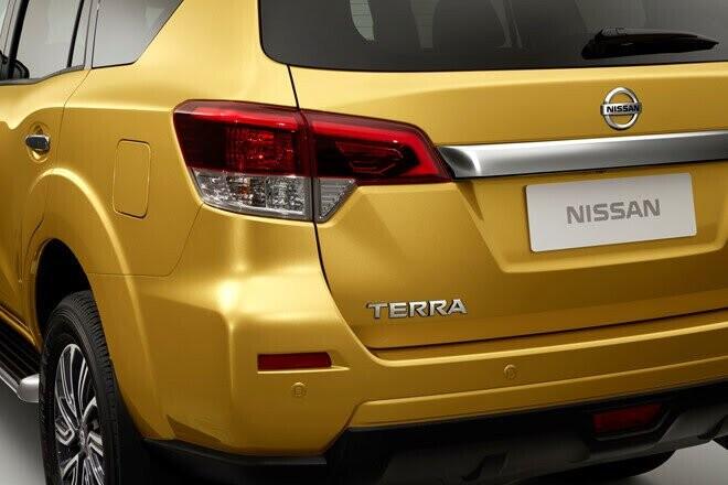 Nissan Terra - đối thủ của Toyota Fortuner chuẩn bị ra mắt - Hình 2