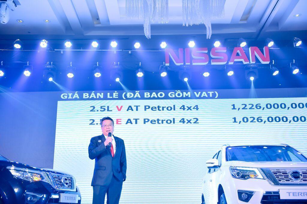 Nissan Terra S sử dụng máy dầu mạnh 190 mã lực chính thức ra mắt tại Việt Nam, giá 988 triệu đồng - Hình 2