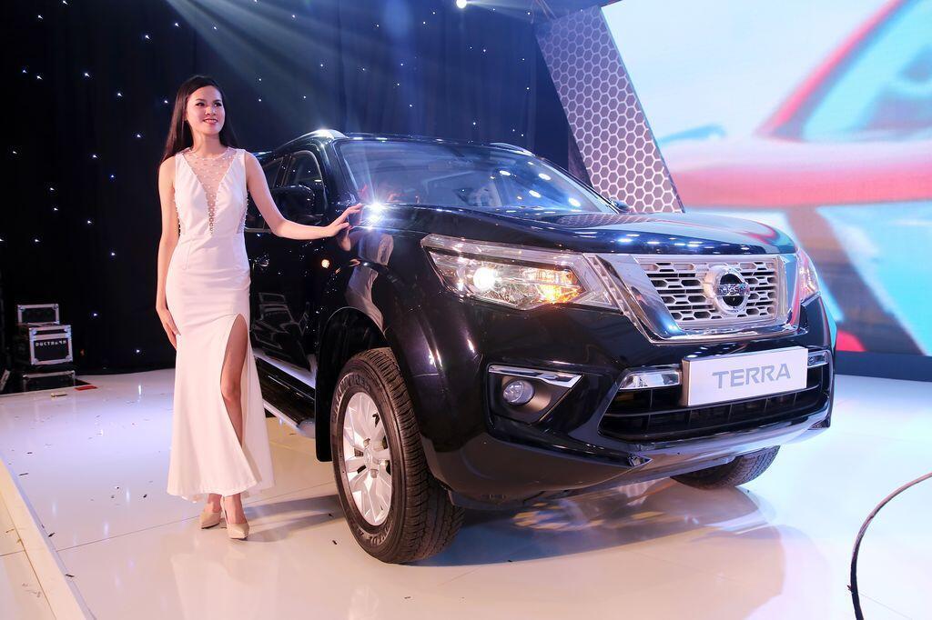 Nissan Terra S sử dụng máy dầu mạnh 190 mã lực chính thức ra mắt tại Việt Nam, giá 988 triệu đồng - Hình 6