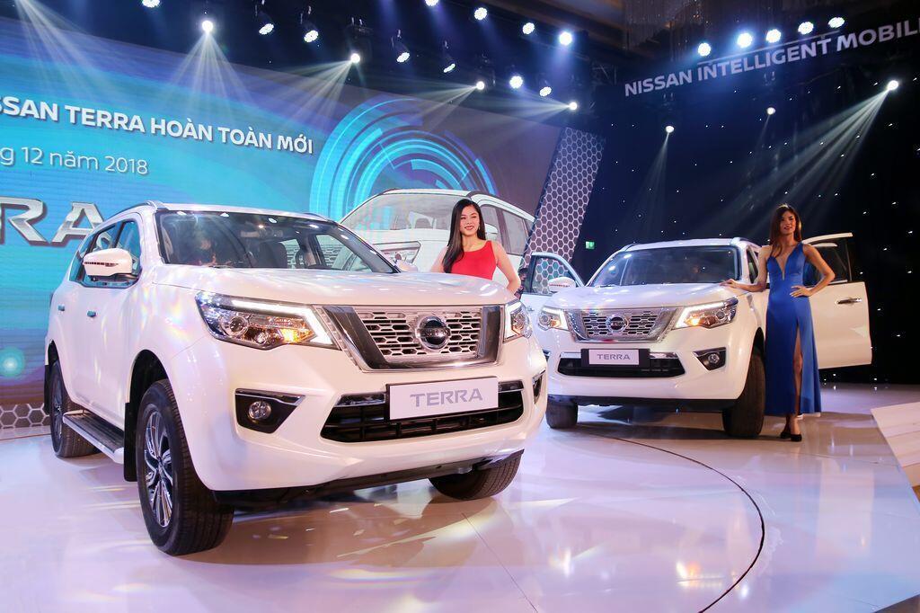 Nissan Terra S sử dụng máy dầu mạnh 190 mã lực chính thức ra mắt tại Việt Nam, giá 988 triệu đồng - Hình 8