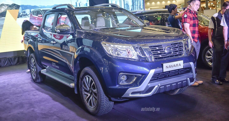 Nissan Việt Nam ra mắt Navara Premium R 2017, giá 815 triệu đồng - Hình 1