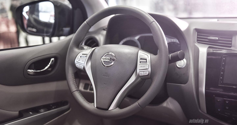 Nissan Việt Nam ra mắt Navara Premium R 2017, giá 815 triệu đồng - Hình 12