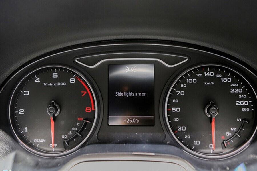 Màn hình hiện thị thông tin cho người lái