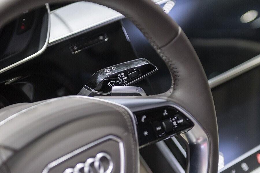 Nội thất Audi A8 - Hình 27