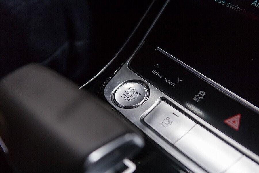 Nội thất Audi A8 - Hình 22