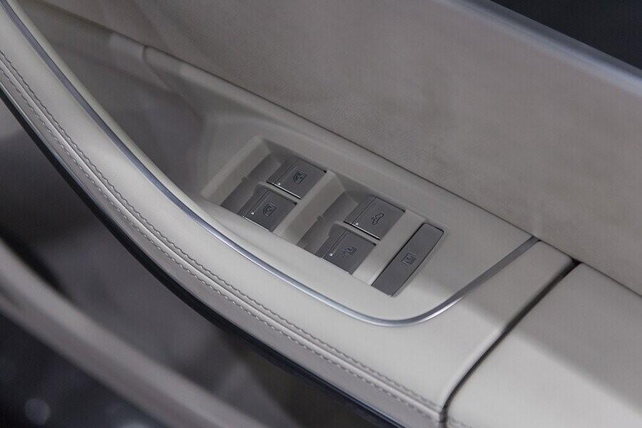 Nội thất Audi A8 - Hình 12