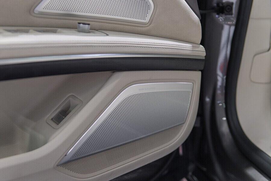 Nội thất Audi A8 - Hình 17