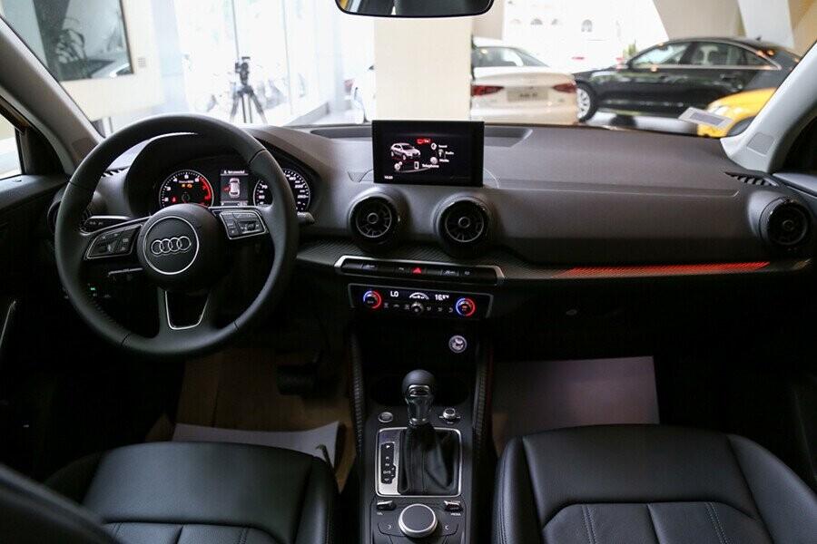 Nội thất xe Audi Q2 - Hình 1