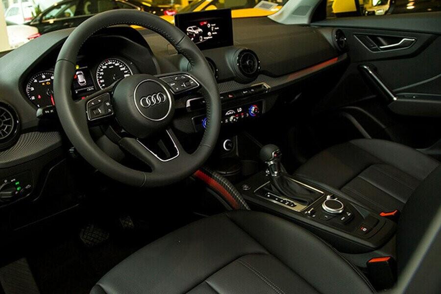 Nội thất xe Audi Q2 - Hình 5