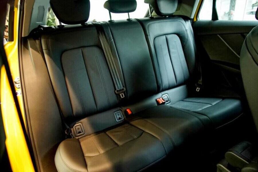 Nội thất xe Audi Q2 - Hình 3