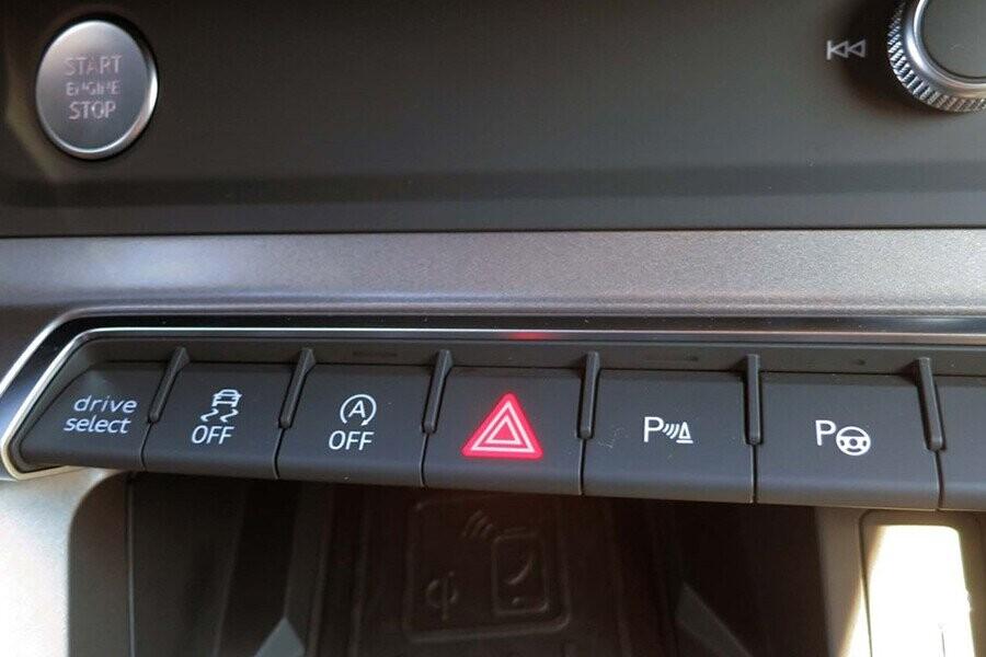 Nội Thất Audi Q3 - Hình 6