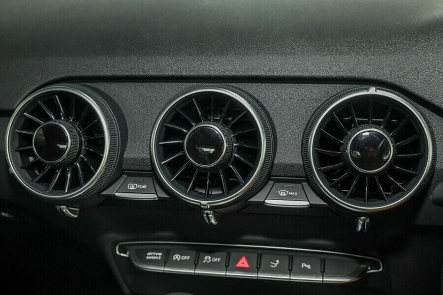 Nội Thất Audi TT - Hình 9