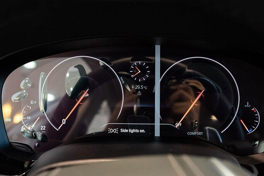Nội thất xe BMW 5-Series 2019 - Hình 6