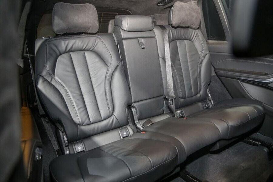 Ghế bọc da sang trọng
