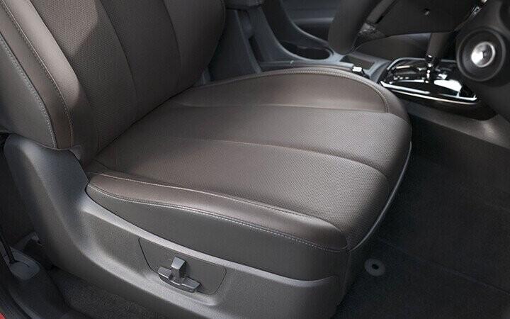 Ghế chỉnh điện 6 hướng thoải mái người dùng