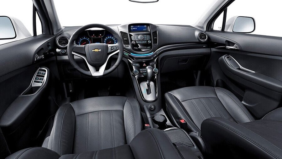 Buồng lái kép thể thao lấy cảm hứng từ chiếc Corvette huyền thoại