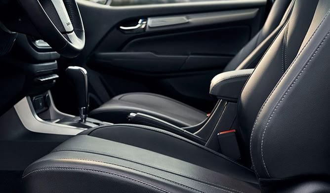 Ghế chỉnh điện 6 hướng Lựa chọn tư thế thoải mái, tuỳ chỉnh độ cao, ngả lưng, khoảng cách ghế với ghế lái chỉnh điện 6 hướng