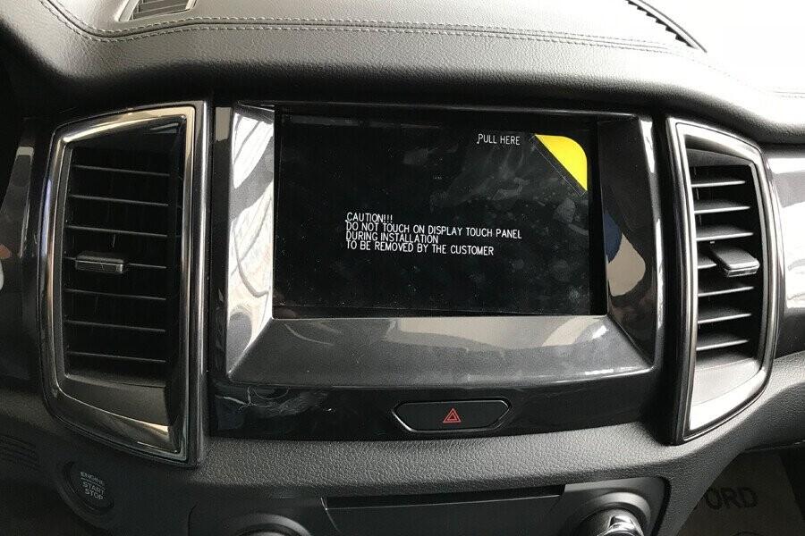 Nội thất Ford Everest Titanium 2.0L AT 4WD - Hình 12