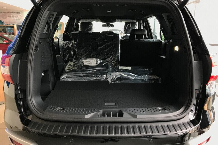 Nội thất Ford Everest Titanium 2.0L AT 4WD - Hình 14