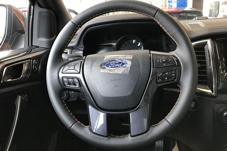 Nội thất Ford Ranger - Hình 4