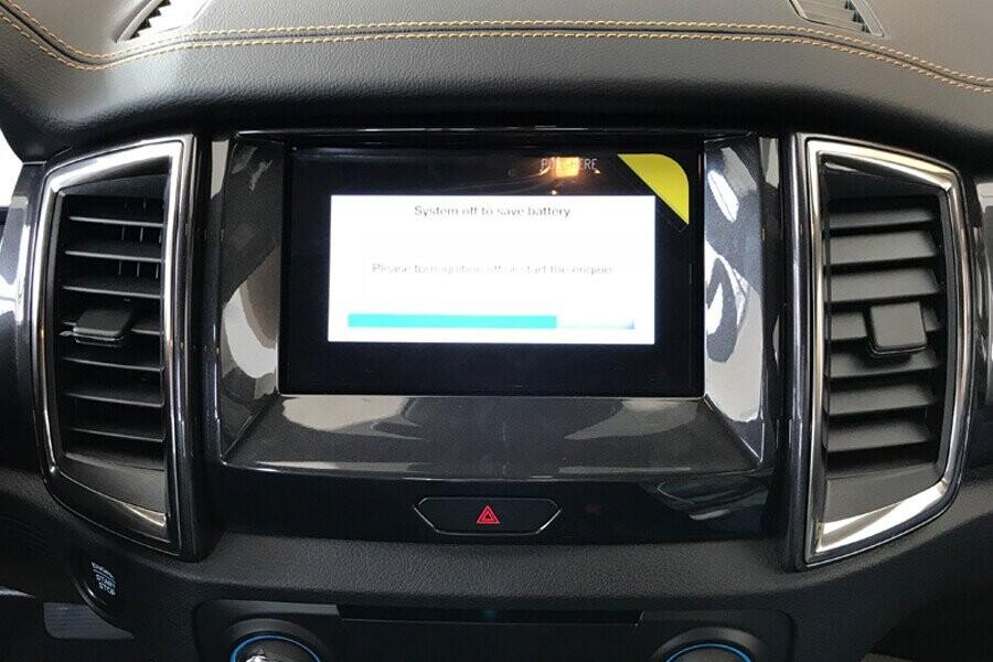 Nội thất Ford Ranger Wildtrak 2.0L AT 4X2 - Hình 9