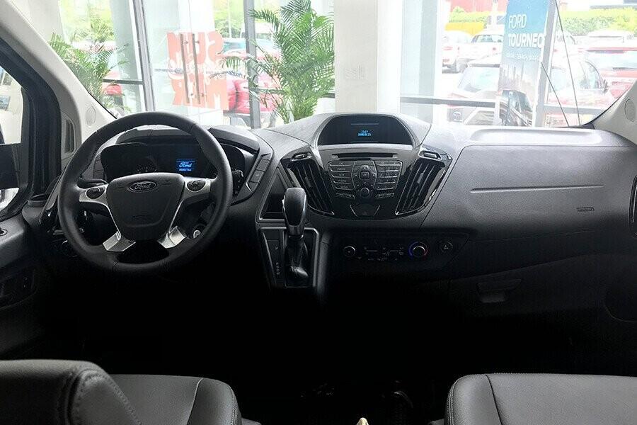 Ford Tourneo sở hữu không gian nội thất rộng rãi