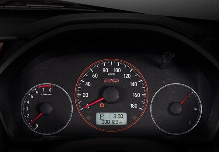 Đồng hồ chính sau tay lái hiển thị sắc nét dành cho người điều khiển