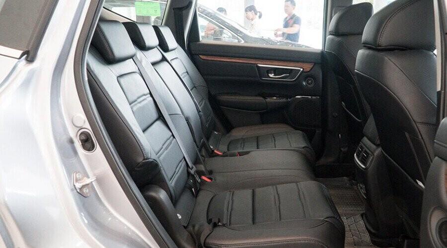 Hàng ghế sau CR-V rộng rãi