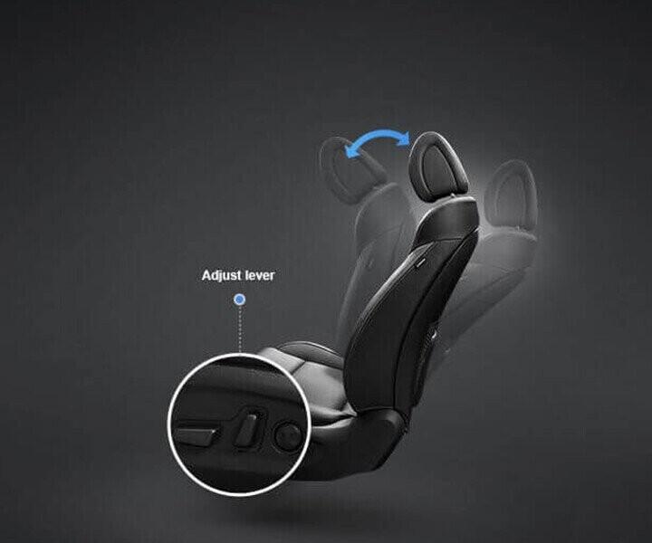 Elantra được trang bị ghế lái chỉnh điện giúp bạn dễ dàng điều chỉnh và chọn ra được vị trí ngồi thỏa mái
